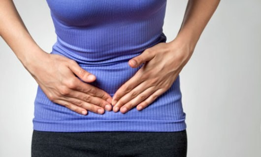 đau bụng dưới bên phải