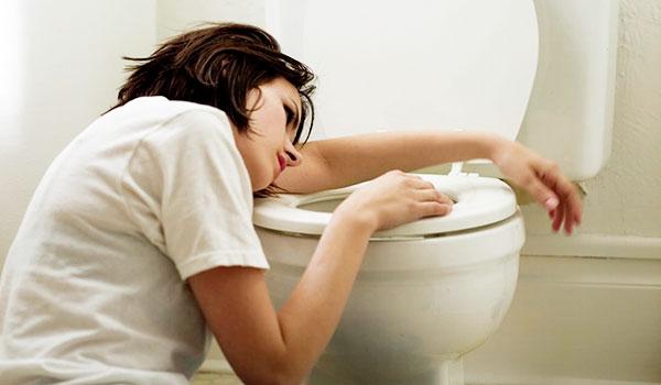 đau bụng dưới có nguy hiểm không